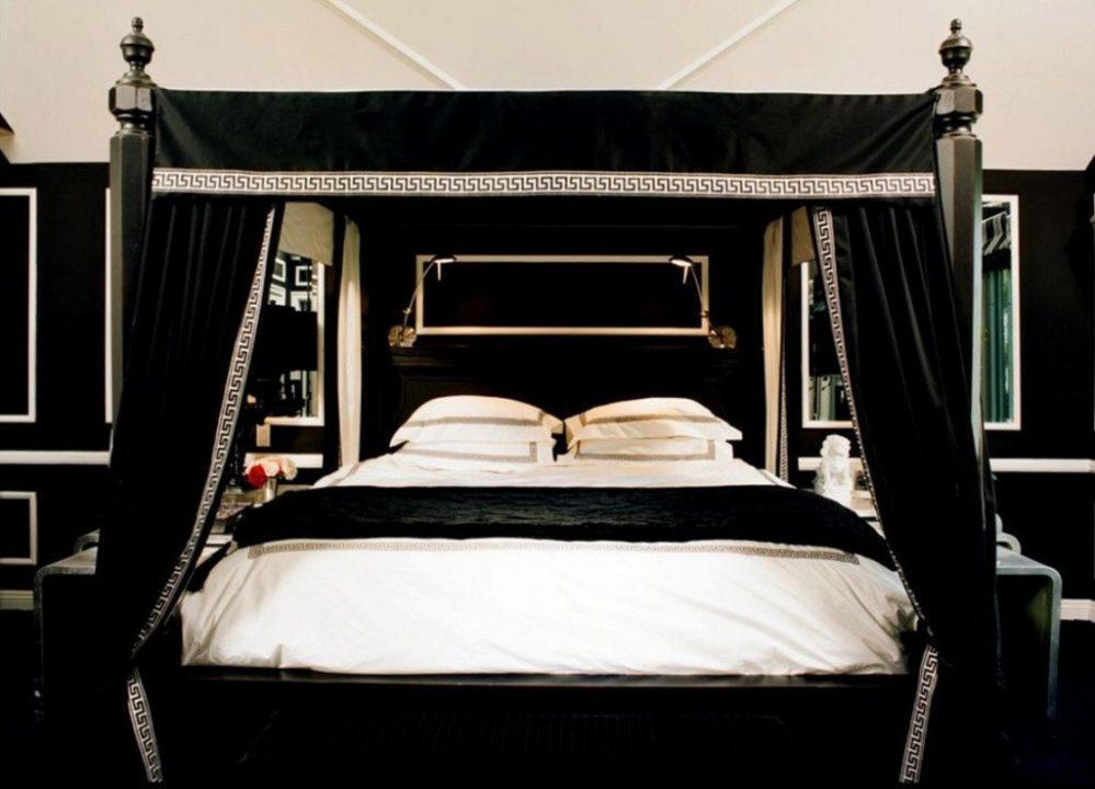 Gothic Bed sumber Interior Craze